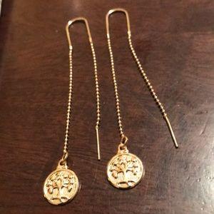 Jewelry - 14k gold Plated loop in a Hoop Earrings